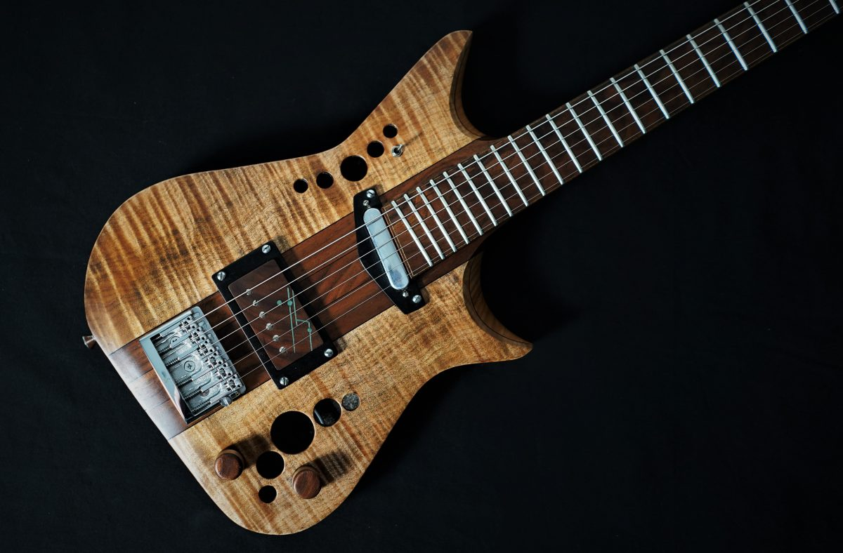 SB4 – SBC Guitars